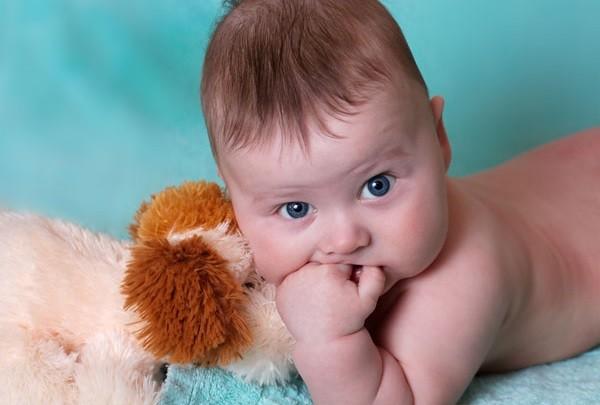 Ребенок перед прививкой