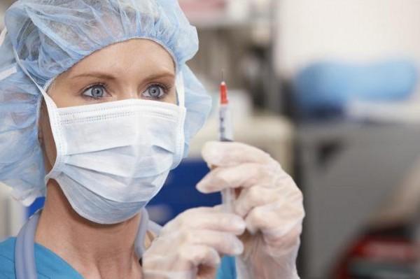 Вакцина у врача