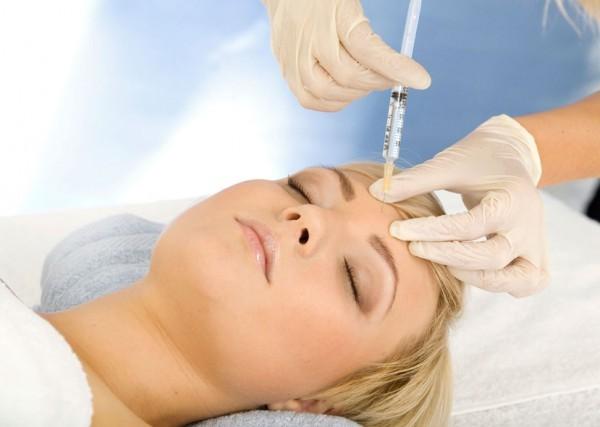 Инъекции гиалуроновой кислоты - за и против
