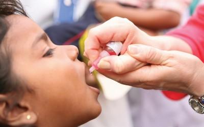 полиомиелит вакцина